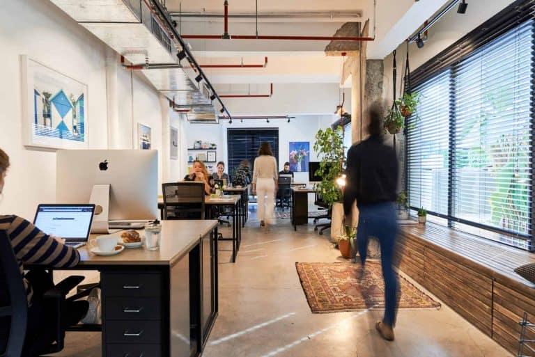 נגישות משרדים בחללי עבודה בתל אביב